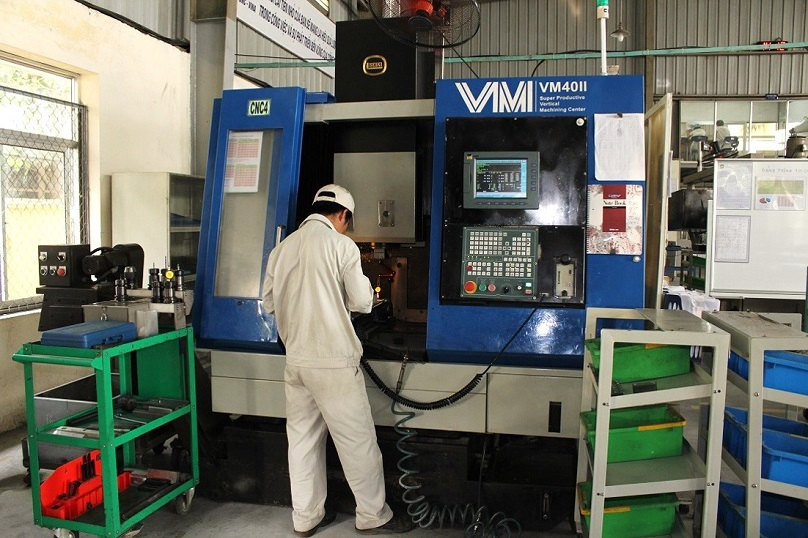 May-phay-CNC-VM-40-II
